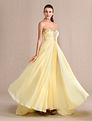cheap -Sheath / Column Prom Formal Evening Military Ball Dress Sweetheart Neckline Floor Length Chiffon with Ruched Beading 2021