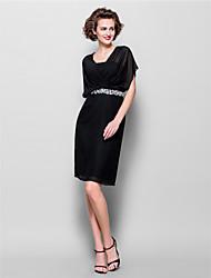 cheap -Sheath / Column V Neck Knee Length Chiffon Short Sleeve Little Black Dress Mother of the Bride Dress with Beading / Crystals 2020