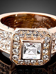 cheap -Women's Statement Ring Crystal Gold Silver Cubic Zirconia Imitation Diamond Alloy Ladies Luxury Fashion Party Jewelry Solitaire