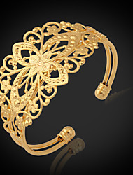 cheap -Women's Cuff Bracelet Bracelet Chunky Ladies Fashion Platinum Plated Bracelet Jewelry Golden For Christmas Gifts Wedding Party Special Occasion Birthday Gift / Gold Plated
