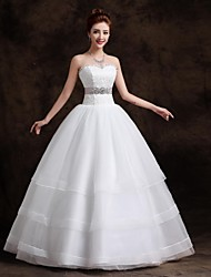 cheap -Ball Gown Wedding Dresses Sweetheart Neckline Floor Length Organza Tulle Sleeveless with Sash / Ribbon Beading 2020