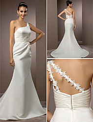 cheap -Mermaid / Trumpet Wedding Dresses One Shoulder Court Train Satin Sleeveless with 2020