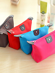 Недорогие -клецки форму сумки конфеты цвет мило косметические хранения (случайный цвет)