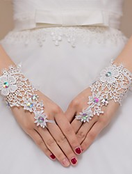 cheap -Lace Wrist Length Glove Bridal Gloves / Party / Evening Gloves / Flower Girl Gloves With Rhinestone