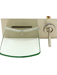 cheap -Bathroom Sink Faucet-Waterfall / Nickel Brushed / Wall Mounted / Single Handle One Hole / Brass-Bathroom Faucet