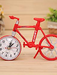 Недорогие -Форма велосипед будильник кварцевые велосипедов настольный пластиковый часы (случайный цвет)
