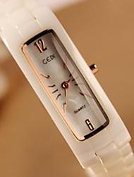 Недорогие -белый квадрат оболочки поверхности керамические часы женские