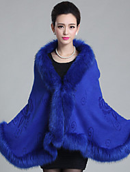 cheap -Sleeveless Capes Faux Fur Wedding Wedding  Wraps / Fur Coats / Hoods & Ponchos With Feathers / Fur