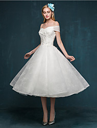 cheap -A-Line Wedding Dresses Off Shoulder Tea Length Beaded Lace Short Sleeve Casual Vintage Plus Size Cute with Beading Sequin Appliques 2020