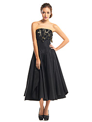 cheap -A-Line Cocktail Party Dress Strapless Sleeveless Tea Length Lace Taffeta with Lace 2020