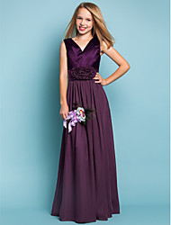 cheap -Sheath / Column V Neck Floor Length Chiffon Junior Bridesmaid Dress with Flower / Spring / Summer / Fall / Apple / Hourglass