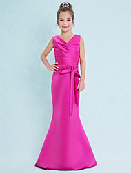 cheap -Mermaid / Trumpet V Neck Floor Length Satin Junior Bridesmaid Dress with Criss Cross / Natural