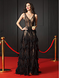 cheap -A-Line V Neck Court Train Sheer Lace Elegant Formal Evening / Black Tie Gala Dress with Cascading Ruffles 2020