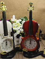 Недорогие -красочные настольные часы пластиковые иглы будильник скрипка часы мини-кварц (случайный цвет)