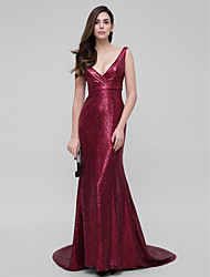 cheap -Mermaid / Trumpet Sparkle & Shine Prom Formal Evening Dress V Neck Sleeveless Court Train Sequined with Sequin 2021
