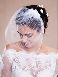 cheap -One-tier Raw Edge Wedding Veil Blusher Veils / Veils for Short Hair / Headpieces with Veil with Tulle