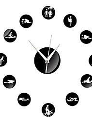 Недорогие -Круглый Модерн Настенные часы,Семья Прочее 15*15*3 cm (5.91*5.91*1.18 inch)