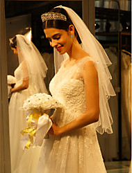 cheap -One-tier Beaded Edge Wedding Veil Fingertip Veils with Beading Tulle / Angel cut / Waterfall
