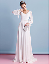 cheap -Sheath / Column Wedding Dresses V Neck Court Train Chiffon Long Sleeve with Beading 2021