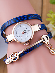 cheap -Women's Bracelet Watch Quartz Leather Black / White / Blue Hot Sale Analog Ladies Charm Fashion - Red Green Blue One Year Battery Life / Tianqiu 377