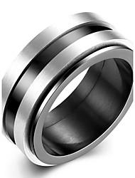 Недорогие -Муж. Кольцо Кольца Грув Черный Титановая сталь Вольфрамовая сталь Круглый Классический Мода Первоначальные ювелирные изделия Для вечеринок Обручение Бижутерия Двухцветные