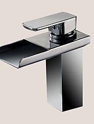 cheap -Bathroom Sink Faucet - LED Chrome Centerset One Hole / Single Handle One HoleBath Taps / Brass