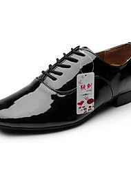 cheap -Men's Modern Shoes / Ballroom Shoes Patent Leather Lace-up Heel Lace-up Chunky Heel Non Customizable Dance Shoes Black / White / Performance