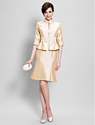 cheap -Sheath / Column Mother of the Bride Dress Convertible Dress High Neck Knee Length Taffeta Half Sleeve with Lace 2021
