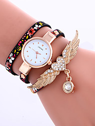 cheap -Women's Bracelet Watch Quartz Leather Black / Blue / Grey Analog Ladies Flower - Black / Silver Black / Red Blue One Year Battery Life / Tianqiu 377