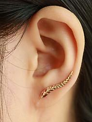 cheap -Women's Stud Earrings Ear Cuff Ear Climbers Leaf Wings Ladies Elegant Fashion Earrings Jewelry Golden / Silver For Casual Daily