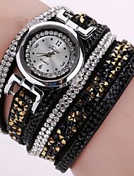 cheap -Women's Bracelet Watch Wrist Watch Diamond Watch Quartz Quilted PU Leather Black / White / Blue Cool Analog Ladies Charm Sparkle Vintage Casual - Green Pink Light Blue