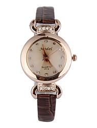 cheap -Women's Wrist watch Fashion Watch Sport Watch Quartz Imitation Diamond Genuine Leather Band Charm Casual Multi-Colored