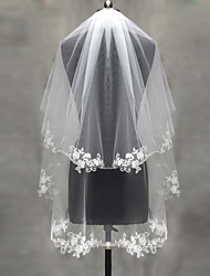 cheap -Two-tier Lace Applique Edge / Pearl Trim Edge Wedding Veil Blusher Veils / Elbow Veils / Fingertip Veils with Appliques Tulle / Classic