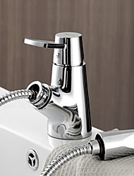 cheap -Contemporary Art Deco/Retro Centerset Pullout Spray Ceramic Valve Single Handle One Hole Chrome, Bathroom Sink Faucet