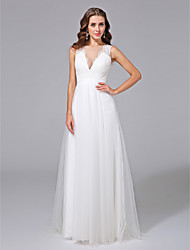 cheap -A-Line V Neck Sweep / Brush Train Lace Over Tulle Regular Straps Formal Illusion Detail / Backless Wedding Dresses with Lace / Appliques / Button 2020