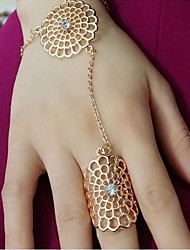cheap -Women's Band Ring Synthetic Diamond Gold Silver Alloy Ladies Party Daily Jewelry Hollow Out filigree Flower