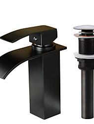 Недорогие -Смеситель - Водопад Начищенная бронза По центру Одной ручкой одно отверстиеBath Taps