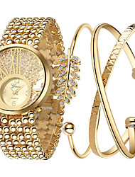 cheap -Women's Luxury Watches Wrist Watch Gold Watch Quartz Stainless Steel Gold Cool Analog Ladies Charm Luxury Sparkle Dot - Screen Color
