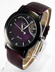 Недорогие -Жен. Модные часы Кварцевый Стеганная ПУ кожа Черный / Красный / Фиолетовый Аналоговый На каждый день - Черный Лиловый Красный