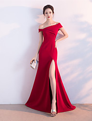 cheap -Mermaid / Trumpet Off Shoulder Sweep / Brush Train Satin Sexy / Red Engagement / Formal Evening Dress with Split 2020