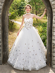 cheap -Ball Gown Wedding Dresses Sweetheart Neckline Floor Length Lace Tulle Sleeveless with Lace Appliques Flower 2021