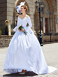 cheap -Ball Gown Wedding Dresses V Neck Chapel Train Satin Long Sleeve with Beading Appliques 2020 / Poet Sleeve