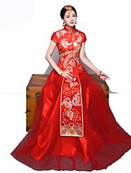 abordables -Mariée Femme Robe trapèze Style Chinois Rouge chinoise Cheongsam robe de vacances Robe Tenue Pour Soirée de Fiançailles Enterrement de Vie de Jeune Fille Polyester Rétro Broderie Nouvel an