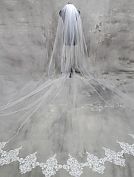 cheap -One-tier Lace Applique Edge Wedding Veil Cathedral Veils with Appliques Lace / Tulle / Classic