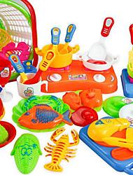 Недорогие -Игрушка кухонные наборы Ролевые игры Play Kitchen Овощи и фрукты Своими руками Пластик Детские Девочки Игрушки Подарок