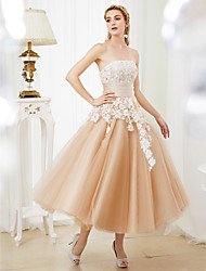 cheap -Ball Gown Wedding Dresses Strapless Tea Length Lace Satin Tulle Strapless Romantic Casual Illusion Detail with Sashes / Ribbons Crystals 2021