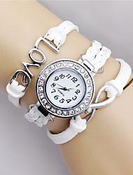 Недорогие -Жен. Модные часы Кварцевый Кожа Черный / Белый / Синий Аналоговый Черный Коричневый Белый