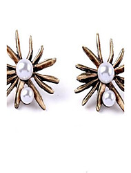 cheap -Women's Stud Earrings Drop Earrings Flower Personalized Sexy Simple Style Fashion Oversized Earrings Jewelry Gold For Party Daily Stage Formal Holiday Going out