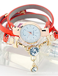 Недорогие -Жен. Модные часы Кварцевый Кожа Группа Белый Синий Красный Зеленый