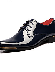 cheap -Men's Dress Shoes Derby Shoes Spring / Fall Business / Classic Daily Party & Evening Office & Career Oxfords Patent Leather Non-slipping Wear Proof Red / White / Black / Lace-up / EU42